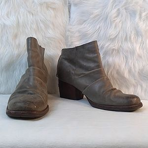 Kork ease size 8.5 tan distressed leather boots